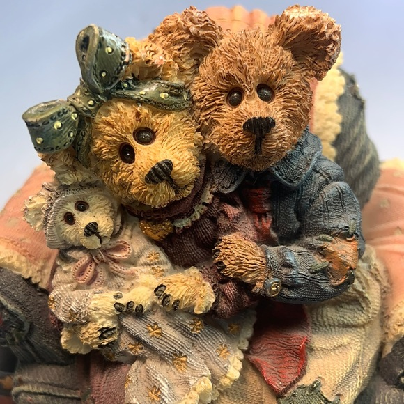 VNTG Boyds Bears Music Box -Yes Sir That's My Baby